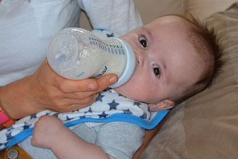 Kan spædbørn og babyer overspise?